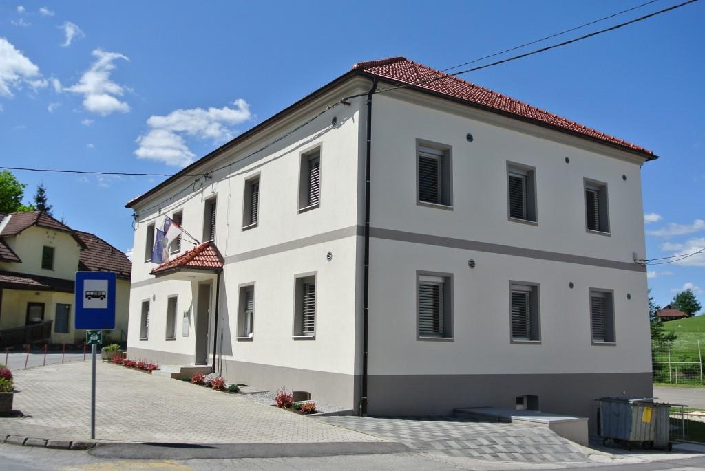 Podružnična osnovna šola Šentlovrenc