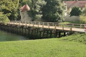 Lesen most Otočec